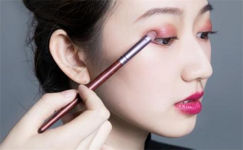 济南化妆培训学习